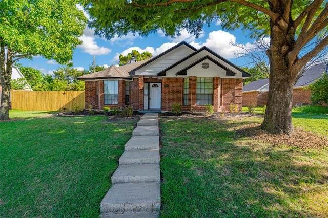 6901 Shorecrest Drive, Rowlett, TX 75089 (MLS #14413456) :: NewHomePrograms.com LLC