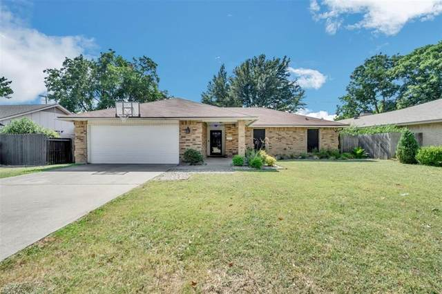 2705 Cantrell Street, Irving, TX 75062 (MLS #14413856) :: The Heyl Group at Keller Williams
