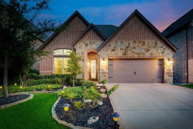 422 Middleton Drive, Roanoke, TX 76262 (MLS #14414011) :: The Kimberly Davis Group