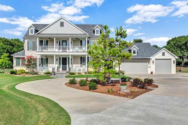 166 Owen Lane, Van Alstyne, TX 75495 (MLS #14414639) :: The Mauelshagen Group