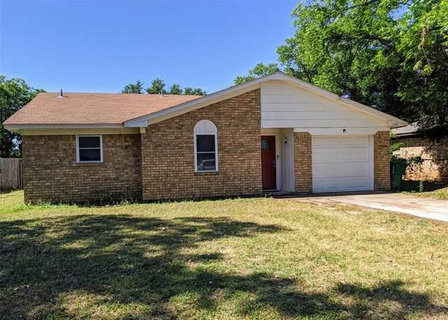905 Terrace Drive, Bangs, TX 76823 (MLS #14414653) :: The Kimberly Davis Group