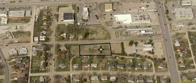 3209 S 15th Street, Abilene, TX 79605 (MLS #14415574) :: The Star Team | JP & Associates Realtors