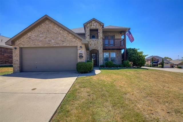 102 Watering Hole, Newark, TX 76071 (MLS #14416355) :: Trinity Premier Properties