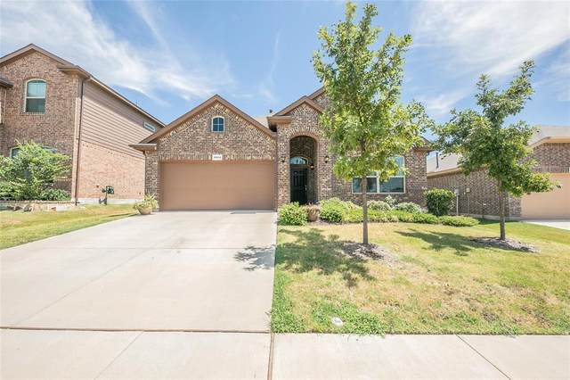 15612 Oak Pointe Drive, Fort Worth, TX 76177 (MLS #14416616) :: The Daniel Team