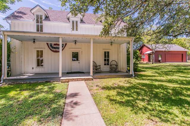 801 Lipan Drive, Granbury, TX 76048 (MLS #14417584) :: The Tierny Jordan Network