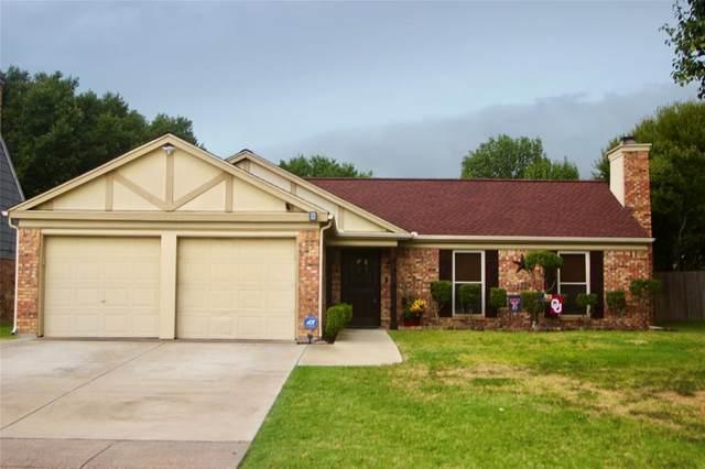 4402 Lorraine Avenue, Grand Prairie, TX 75052 (MLS #14419032) :: ACR- ANN CARR REALTORS®