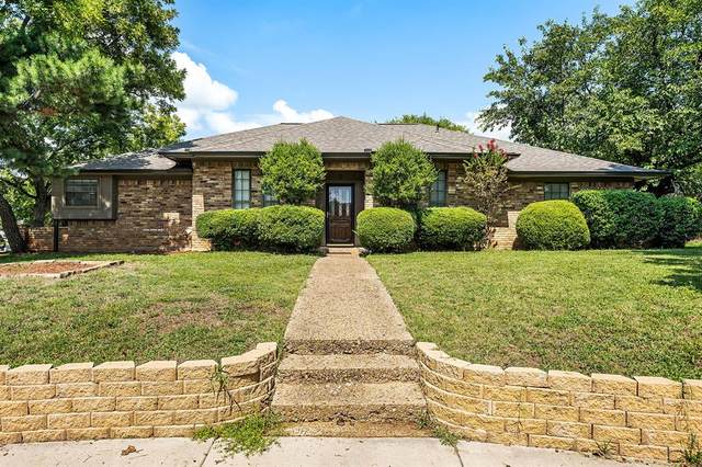 5 Indian Trail, Hickory Creek, TX 75065 (MLS #14419829) :: The Kimberly Davis Group