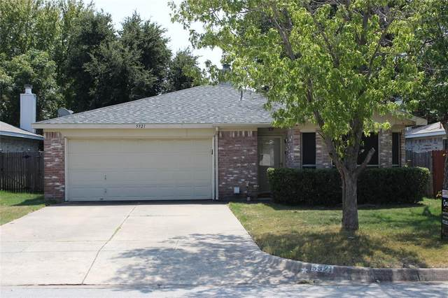 5921 Northfield Drive, Fort Worth, TX 76179 (MLS #14420481) :: The Mitchell Group