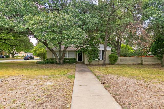 4109 Trail Lake Drive, Fort Worth, TX 76109 (MLS #14421080) :: RE/MAX Landmark