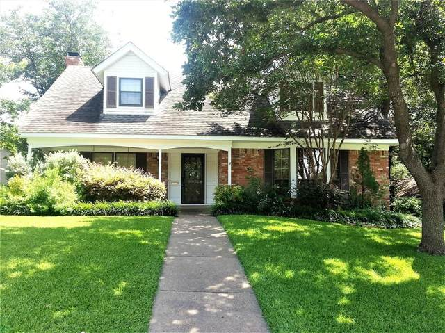 10936 Fernald Avenue, Dallas, TX 75218 (MLS #14421261) :: Frankie Arthur Real Estate
