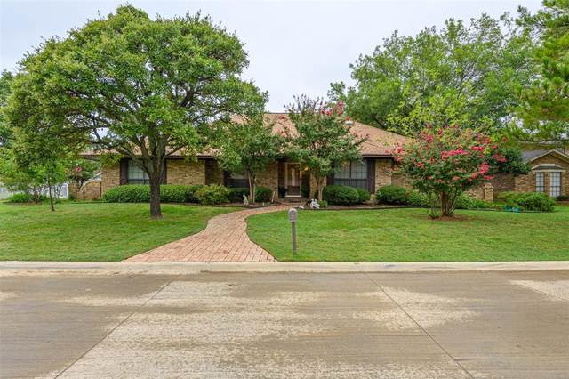 27 Royal Oaks Boulevard, Hickory Creek, TX 75065 (MLS #14421473) :: Real Estate By Design
