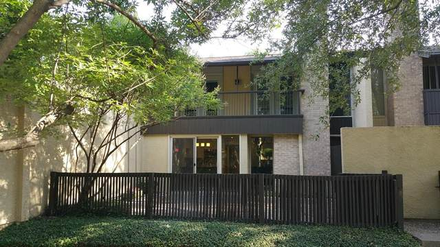 1105 Portales Lane F, Irving, TX 75061 (MLS #14421601) :: The Kimberly Davis Group