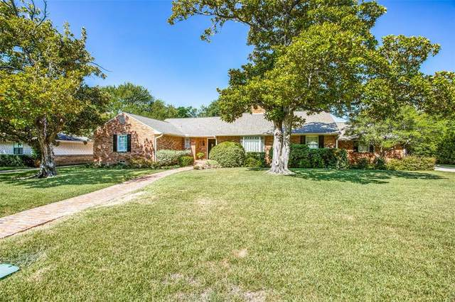 10831 Snow White Drive, Dallas, TX 75229 (MLS #14421860) :: The Daniel Team