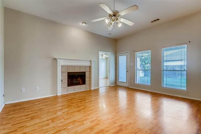 5620 Creekhollow Drive, Arlington, TX 76018 (MLS #14422200) :: Team Tiller