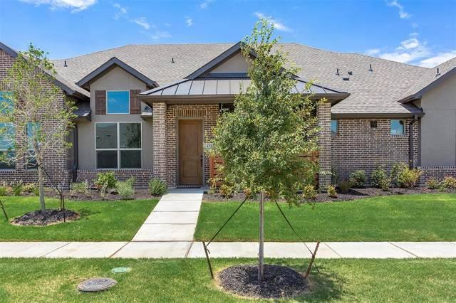 1701 Dewberry Lane, Garland, TX 75042 (MLS #14422295) :: Trinity Premier Properties