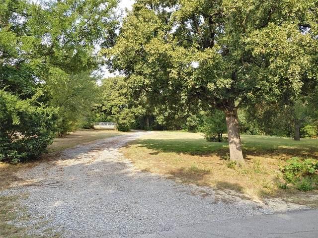 512 S Fox Lane, Burleson, TX 76028 (MLS #14423835) :: All Cities USA Realty