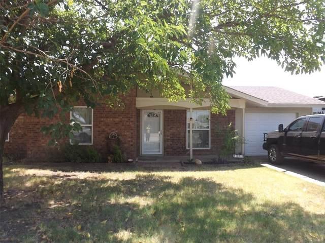 1009 NW 5th Street, Hamlin, TX 79520 (MLS #14423931) :: The Heyl Group at Keller Williams