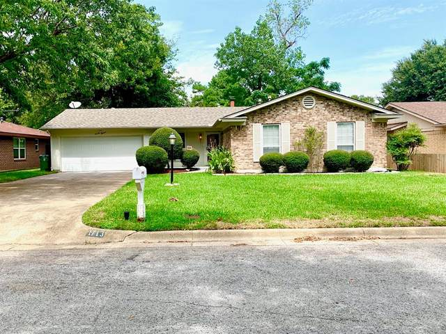 1713 Westover Drive, Arlington, TX 76015 (MLS #14424507) :: North Texas Team | RE/MAX Lifestyle Property