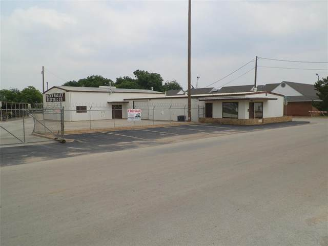302 2nd Street, Brownwood, TX 76801 (#14425164) :: Homes By Lainie Real Estate Group