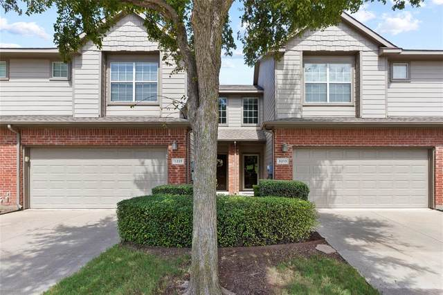 3213 Judge Holland Lane, Plano, TX 75025 (MLS #14426274) :: The Hornburg Real Estate Group