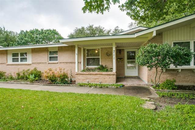 711 Westover Drive, Richardson, TX 75080 (MLS #14426614) :: Front Real Estate Co.