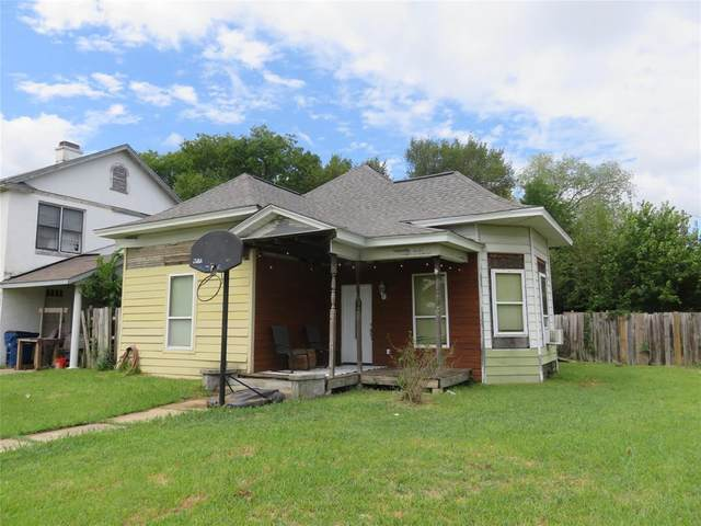 901 W Woodard Street, Denison, TX 75020 (MLS #14427278) :: Frankie Arthur Real Estate