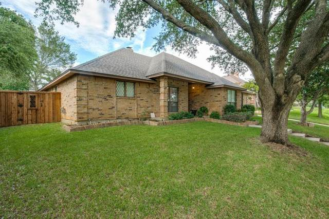 520 Allen Drive, Euless, TX 76039 (MLS #14427833) :: Frankie Arthur Real Estate