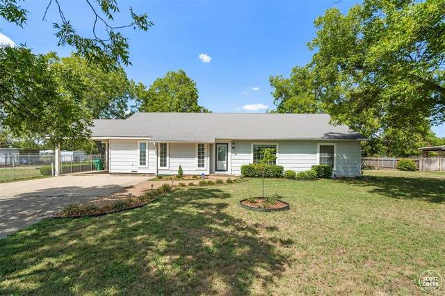 305 Santa Anna Avenue, Coleman, TX 76834 (MLS #14429676) :: The Tierny Jordan Network