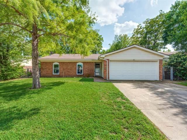 433 Park Center Boulevard, Saginaw, TX 76179 (MLS #14430355) :: Frankie Arthur Real Estate