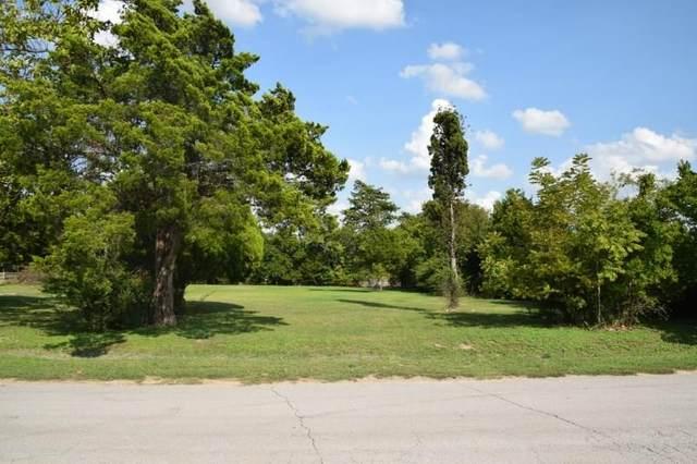 1208 Crest Lane Drive, Duncanville, TX 75137 (MLS #14430645) :: The Good Home Team