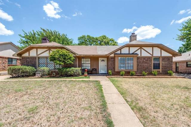 2908 Hilltop Drive, Euless, TX 76039 (MLS #14431045) :: North Texas Team | RE/MAX Lifestyle Property