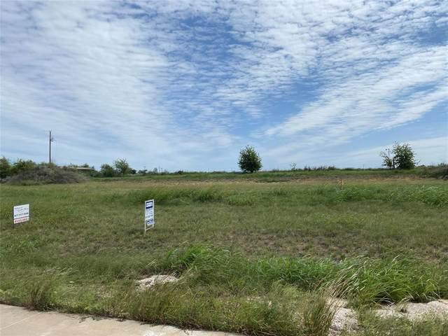 7804 River Rock Lane, Godley, TX 76044 (MLS #14431126) :: The Paula Jones Team | RE/MAX of Abilene