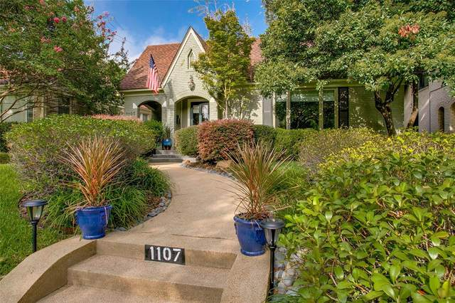 1107 N Edgefield Avenue, Dallas, TX 75208 (MLS #14431160) :: North Texas Team | RE/MAX Lifestyle Property