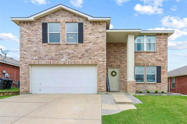 732 Tuscany Trail, Fort Worth, TX 76179 (MLS #14431205) :: Frankie Arthur Real Estate
