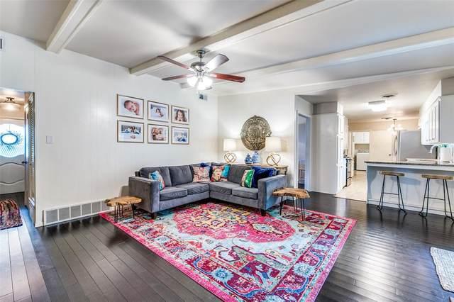 3864 Wedgworth Road S, Fort Worth, TX 76133 (MLS #14431851) :: Frankie Arthur Real Estate