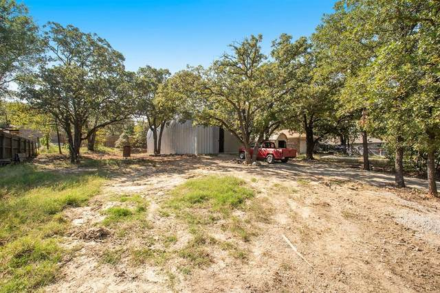 1513 Willow Wood Drive, Azle, TX 76020 (MLS #14431863) :: The Hornburg Real Estate Group