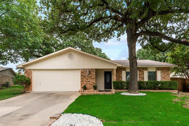 2344 Cherry Blossom Lane, Bedford, TX 76021 (MLS #14431877) :: The Mitchell Group