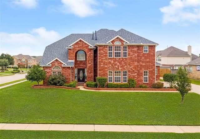 901 Roanoke Court, Kennedale, TX 76060 (MLS #14432375) :: Trinity Premier Properties