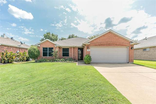 3008 Brett Road, Corinth, TX 76210 (MLS #14432882) :: Real Estate By Design