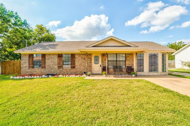 1104 Spell Avenue, Cleburne, TX 76033 (MLS #14432924) :: The Rhodes Team