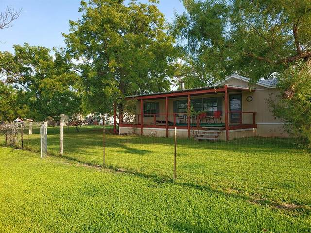 935 Long Camp Road, Possum Kingdom Lake, TX 76449 (MLS #14433299) :: Real Estate By Design