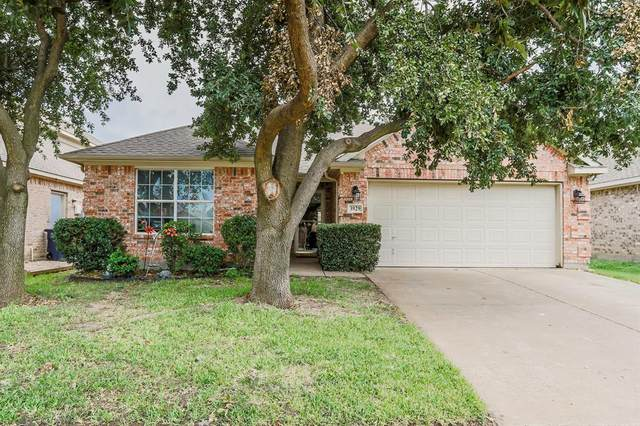 3929 Rochester Drive, Fort Worth, TX 76244 (MLS #14433402) :: Frankie Arthur Real Estate
