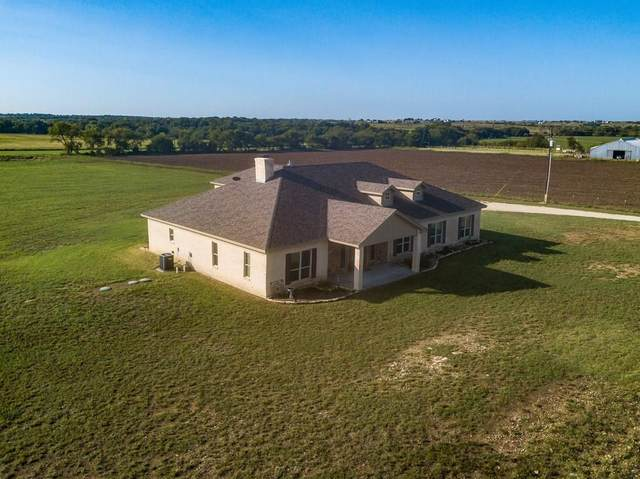 2701 County Road 1110, Rio Vista, TX 76093 (MLS #14433702) :: The Chad Smith Team