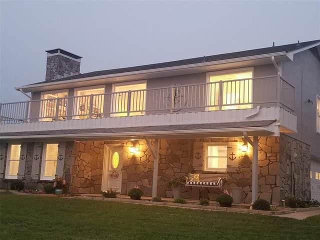 187 Panorama Circle, Pottsboro, TX 75076 (MLS #14433961) :: Maegan Brest | Keller Williams Realty