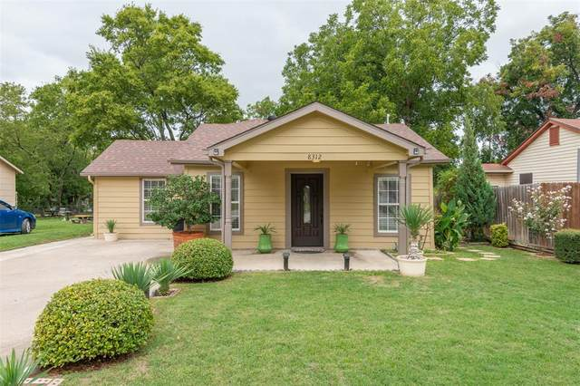 8312 Sussex Street, White Settlement, TX 76108 (MLS #14434243) :: Maegan Brest   Keller Williams Realty