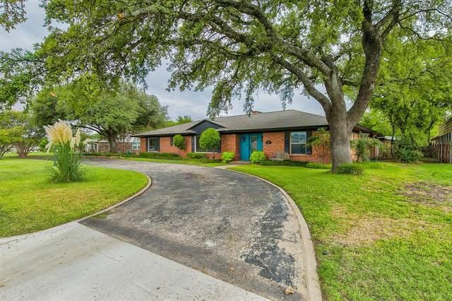 202 Mockingbird Lane, Weatherford, TX 76086 (MLS #14434549) :: The Mauelshagen Group
