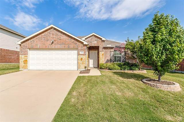 1212 Foxglove Lane, Burleson, TX 76028 (MLS #14434631) :: RE/MAX Landmark