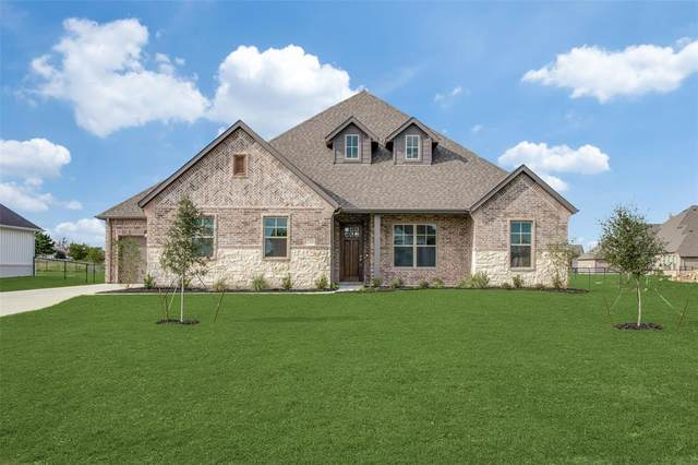 1210 Denton Creek Drive, Justin, TX 76247 (MLS #14434661) :: Justin Bassett Realty
