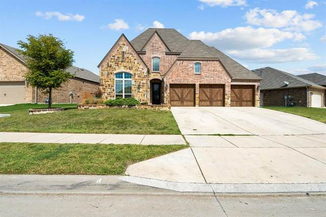 1028 Crest Breeze Drive, Fort Worth, TX 76052 (MLS #14434665) :: The Mitchell Group