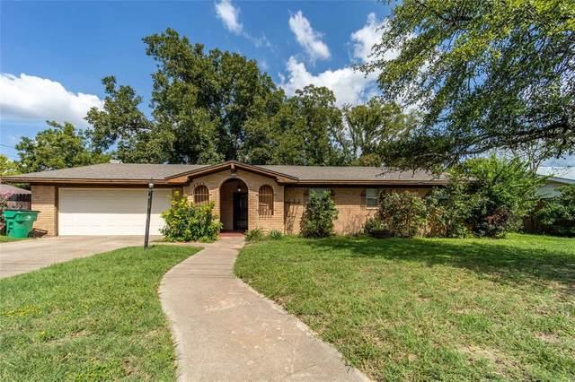 1131 N Lillian Street, Stephenville, TX 76401 (MLS #14434731) :: The Mauelshagen Group
